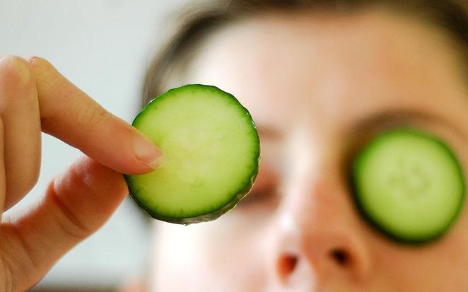 goz icin salatalik maskesi