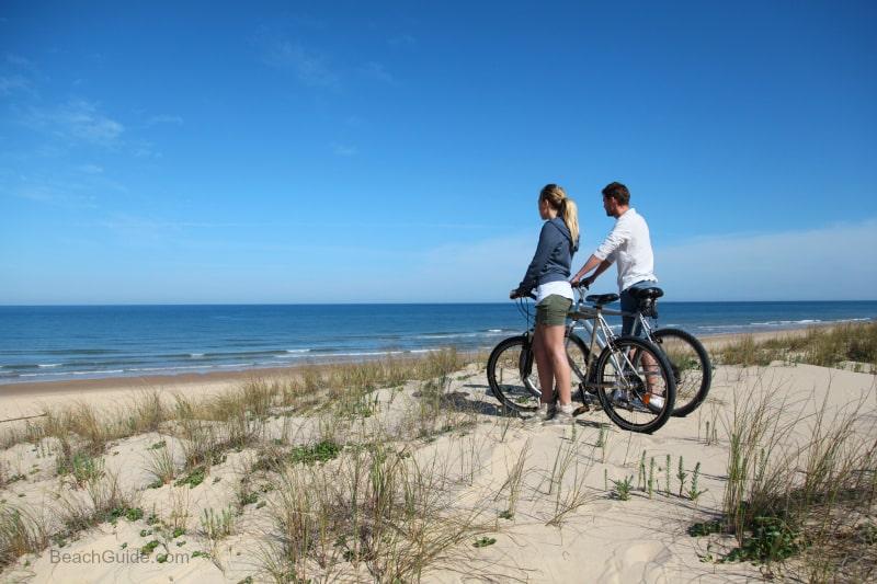 sahilde bisiklet sürmek