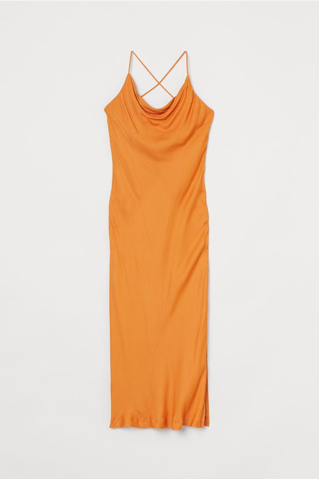 hm turuncu saten elbise